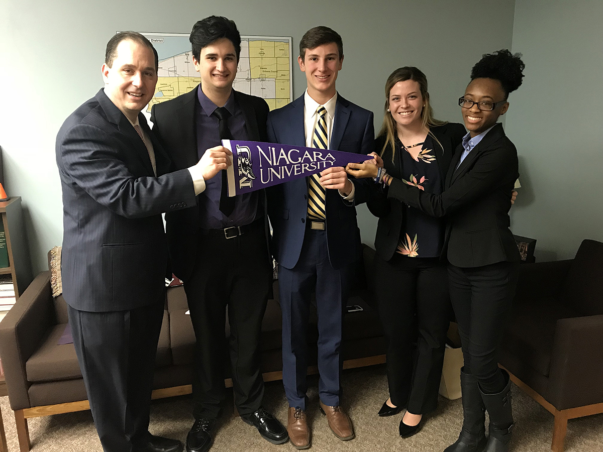Niagara University Students Take Financial Aid Advocacy to Albany